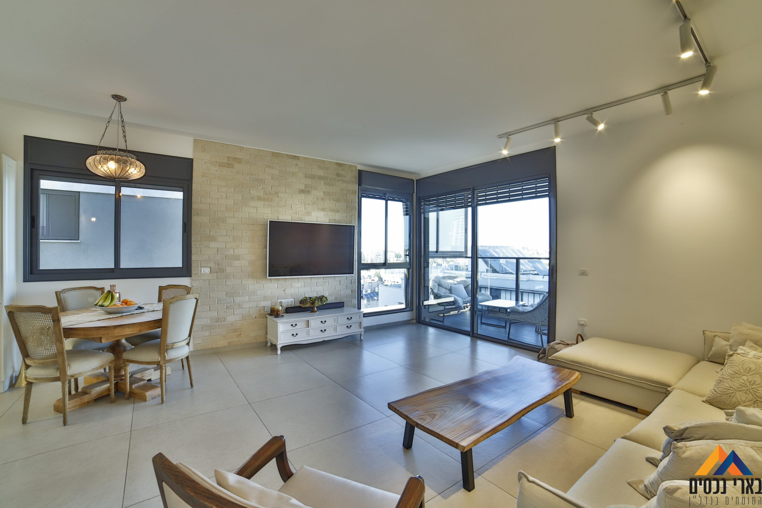 ברח׳ שאר יישוב – בית חלומי על השדרה